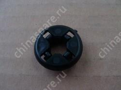 Защитная втулка отверстия фиксации опорной стойки капота двигателя BYD F3